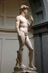 Michelangelo's_David_2